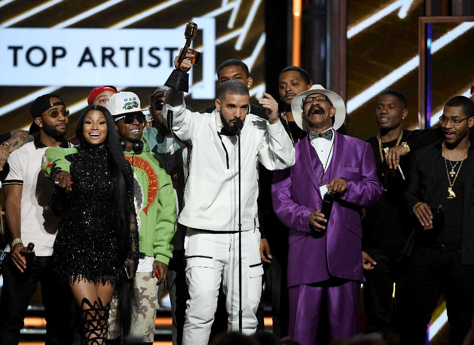 DRAKE'S BILLBOARD NIGHT IS GREAT FOR HIP HOP